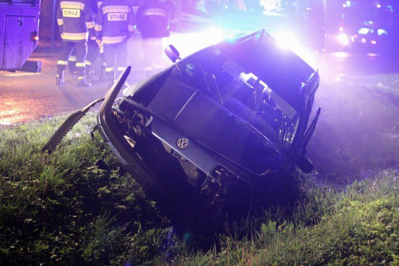 Wypadek w Sosnowie (gm. Puławy). Trzy osoby ranne (zdjęcia) – Puławy24 – Portal Informacyjny