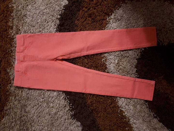 Spodnie 30zł – Bochotnica Sprzedam nowe spodnie res erved rozmiar 122