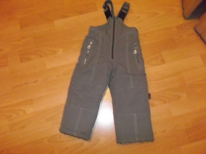 Spodnie typu narciarki 17zł – Puławy Polecam spodenki na zabawy na śniegu, sanki, narty