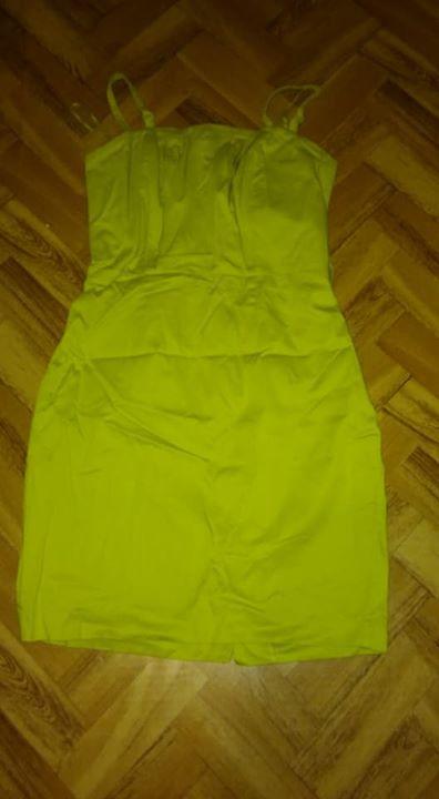 Sukienki polecam 1zł – Puławy Niebieska 60zł Zielona 25zł (brak paska)