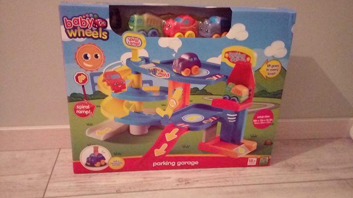 Baby wheels parking garage 40zł – Kurów Sprzedam – nowe :)