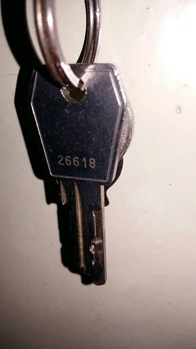 Znaleziono klucze. Wczoraj, tj. w niedzielę w okolicy Klubu Exit