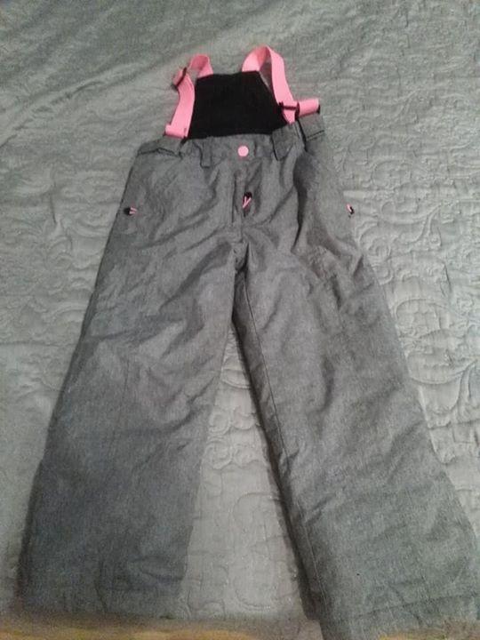 Spodnie narciarskie dla dziewczynki Reserved 116 40zł – Chrząchów Spodnie narciarskie dla dziewczynki Reserved…