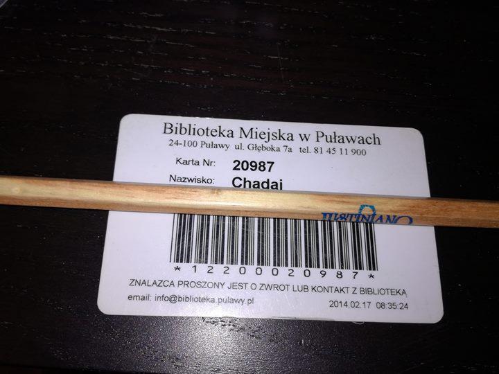 Znaleziono na warszawskich Bielanach ( Wrzeciono ) kartę do biblioteki Miejskiej w Puławach nr…