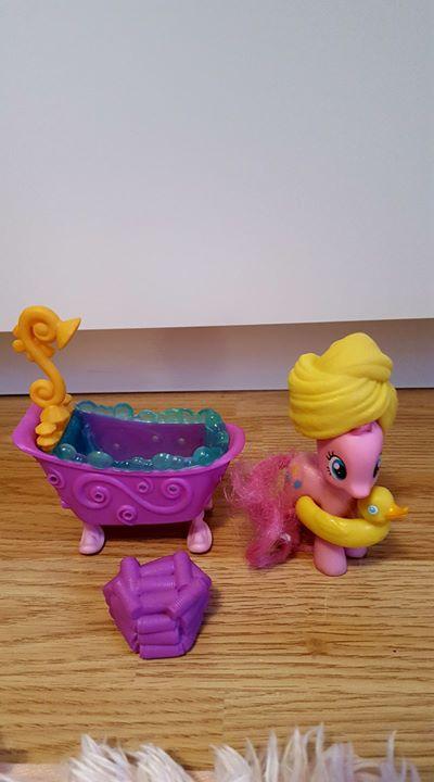 PINKI PIE w kąpieli- zestaw 22zł – Puławy Sprzedam zestaw MY LITTLE PONY-PINKI PIE…