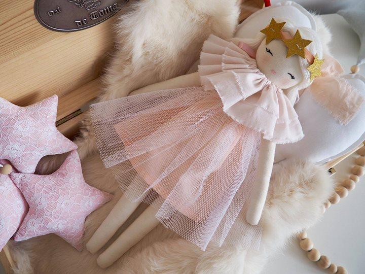 lalki 130zł – Kraków Personalizowane lalki to wspaniały pomysł na prezent dla wyjątkowej dziewczynki.…
