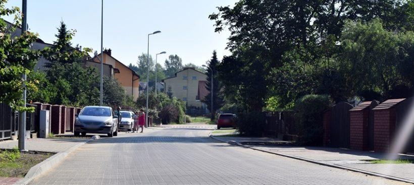 W ostatnich miesiącach Zarząd Dróg Miejskich prowadził wiele inwestycji drogowych – część z nich…