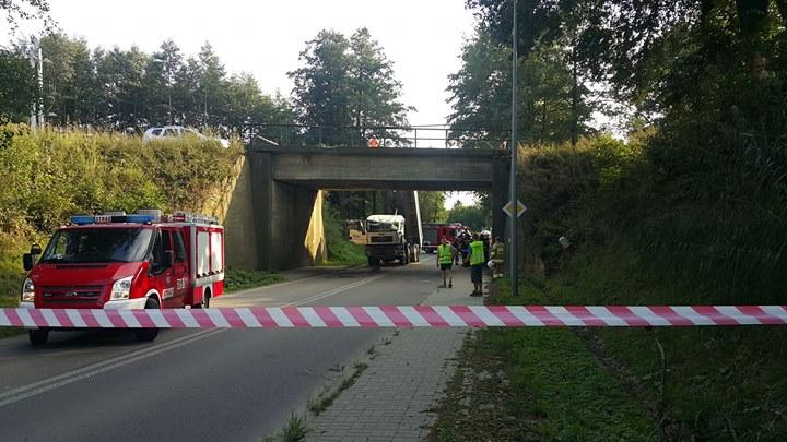 Do zdarzenia doszło r w godzinach popołudniowych na odcinku DW 826 pomiędzy miejscowościami Nałęczów…