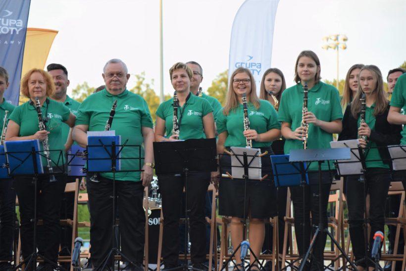 Mamy dla Was obszerną fotorelację z VIII Międzynarodowego Festiwalu Orkiestr Dętych, który odbył się…