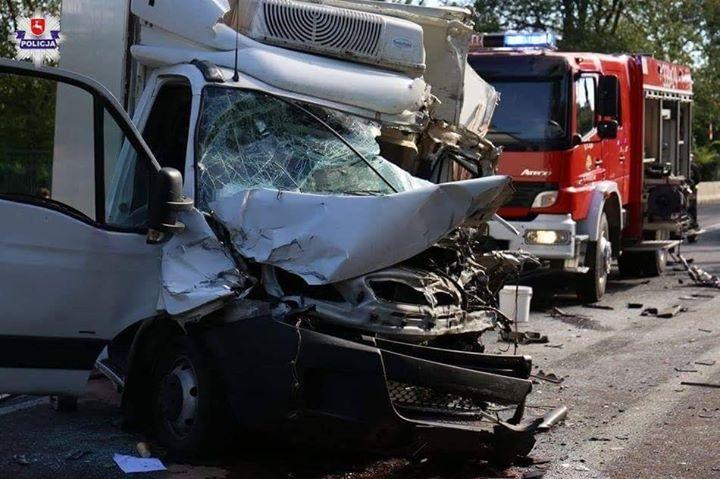 [Z REGIONU] WYPADEK NA DK-12 W M. GARBÓW Do wypadku doszło dzisiaj około godz.…