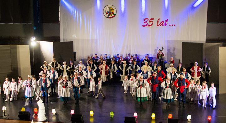 Dzisiaj odbył się koncert galowy z okazji jubileuszu 35-lecia Harcerskiego Zespołu Pieśni i Tańca…