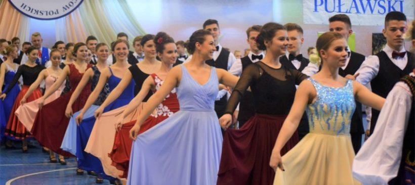 W dniach 9-10 marca w hali sportowej MOSiR odbył się XVIII Ogólnopolski Konkurs Tańców…