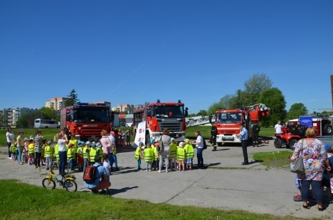 Pokazy strażackie z Okazji Dnia Strażaka 4 maja. Komenda Powiatowa Państwowej Straży Pożarnej oraz…