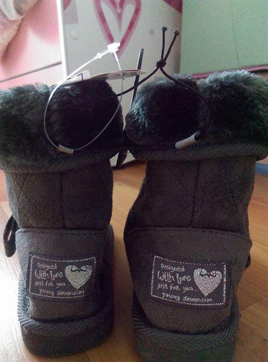 Buciki emu nowe 15zł – Puławy Nowe na moja córkę za małe. Odbiór w…