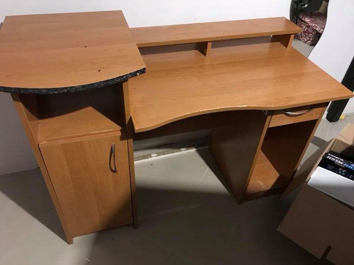 #sprzedam biurko ze zdjęcia, stan jak widać ale może komuś się przyda, cena 70zl