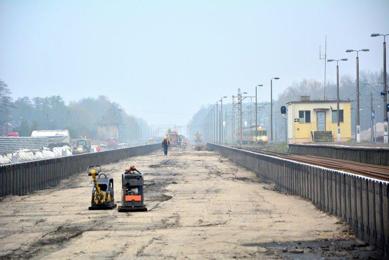 A tymczasem na remontowanej linii kolejowej: