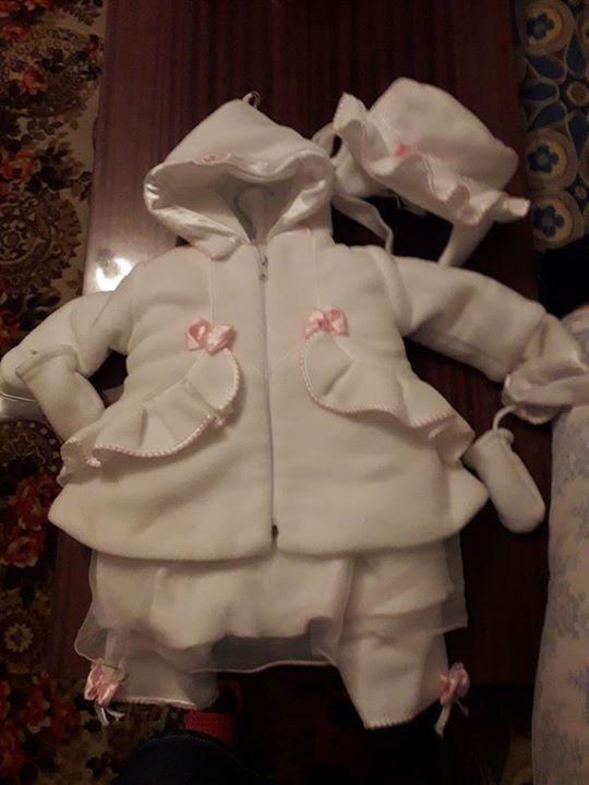 Zimowe ubranko do chrztu 80zł – Puławy Ubranko dla dziewczynki 3 częściowe z ciepłego…