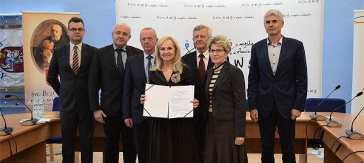 MODERNIZACJA KOMUNIKACJI MIEJSKIEJ 13 grudnia w Urzędzie Marszałkowskim odbyło się podpisanie umowy na realizację…