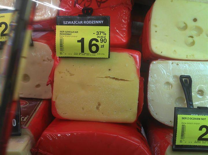 Z dekretu Napoleona. Dziś w hipermarkecie Carrefour spleśniały ser za niecałe 17,00zł. Wesołych świąt.…