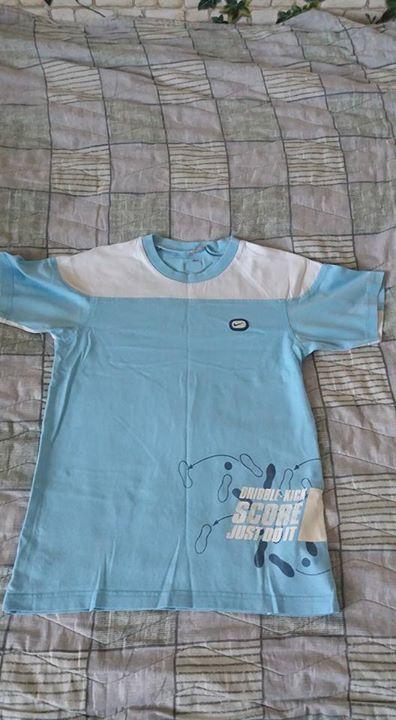 Koszulki. 10zł – Puławy Koszulki chłopięce rozmiarowo na 10 – 11 lat. Z nadrukiem…
