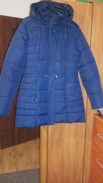 Kurtka 40zł – Puławy Sprzedam fajną kurtkę,w ładnym odcieniu niebieskiego koloru ,delikatnie taliowana ,w…
