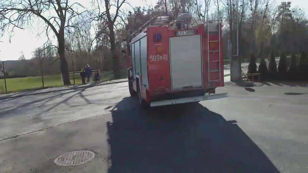 OSP KSRG Żyrzyn alarmowo do pożary suchej trawy