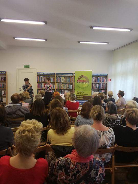 Dzisiaj w Strefie Eksperta, Biblioteka Miejska w Puławach gości Aleksandrę Frątczak-Biś – stylistykę i…