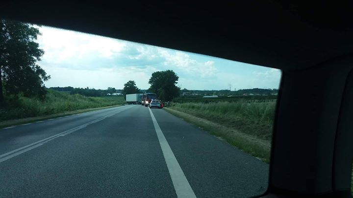 Czytelniczka informuje o całkowicie zablokowanym wjeździe do Końskowoli od strony Kurowa