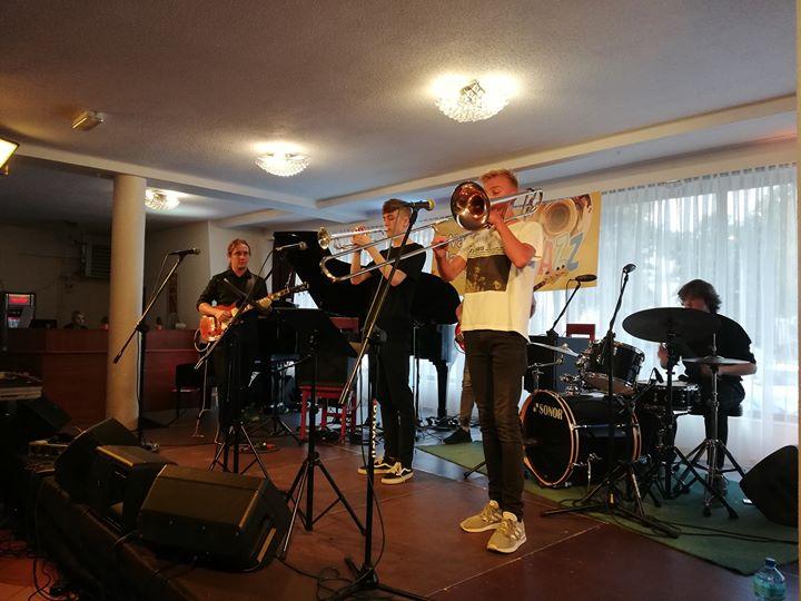 """🥁W restauracji Hotelu """"Izabella"""" trwa właśnie Koncert Finałowy Warsztatów Jazzowych Puławy 2019:-)"""